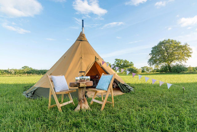 boutique tipi angle