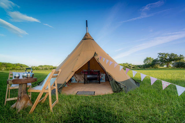 boutique tipi